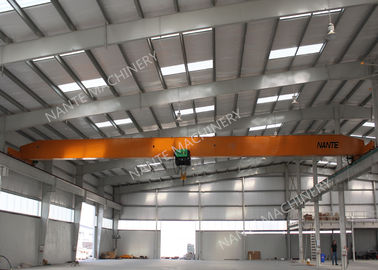 चीन 10T Single Girder Overhead Cranes For Factories / Material Stocks / Workshop वितरक