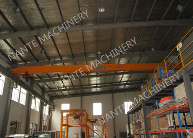 चीन LDX1t-12m Single Girder Overhead Cranes for machinery works/ Workshop / Warehouse / Station फैक्टरी