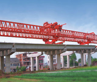 चीन JQG300T-33M Beam Launcher/ Launcher Gantry crane for Bridge फैक्टरी