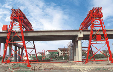 चीन QM70T- 30M - 22M Bridge Construction Site Truss Double Girder Gantry Crane वितरक